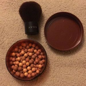 Avon Bronzing Beads with Brush Set